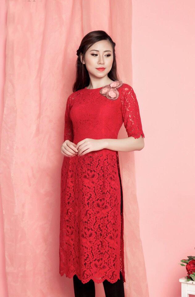Áo dài ren vàng đón xuân | Ao dai, One shoulder dress, Fashion