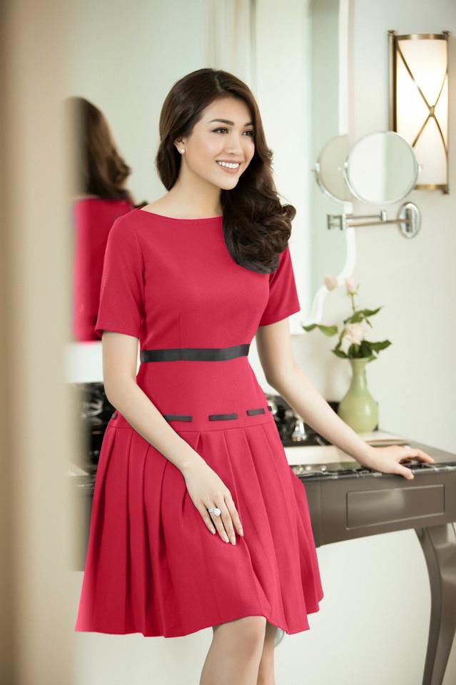 Đầm Xòe Xếp Ly Phối Ruy Băng Cao Cấp - Đỏ