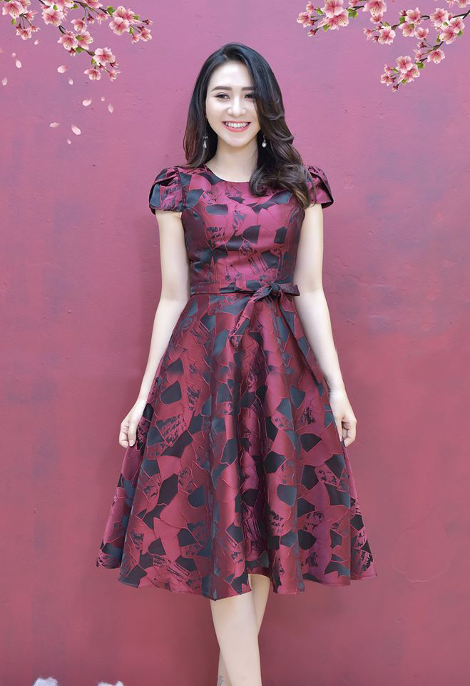 Đầm Xòe Gấm Tay Cánh Tiên Có Túi Kèm Dây Đỏ