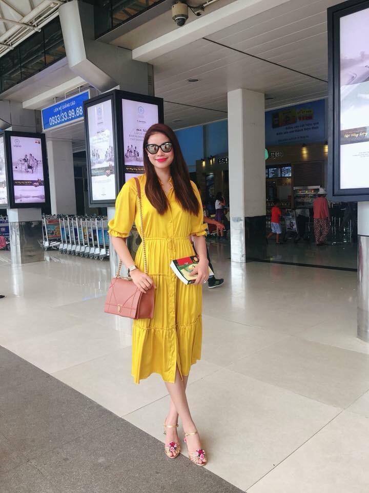 Đầm Xòe Vintage Tay Lỡ HH Phạm Hương