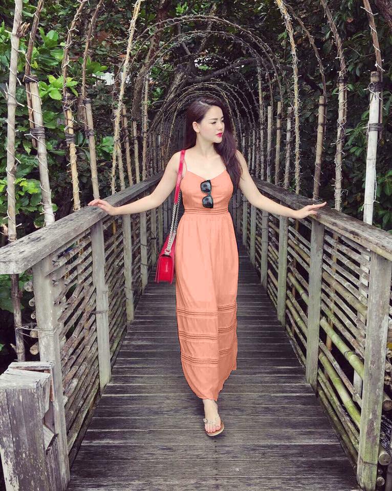 Đầm Maxi Hai Dây Phối Ren Hồng