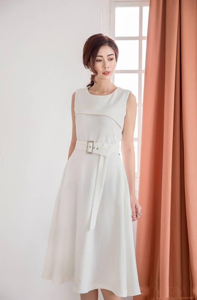 Đầm Xòe Cách Điệu Có Túi Kèm Belt - Trắng