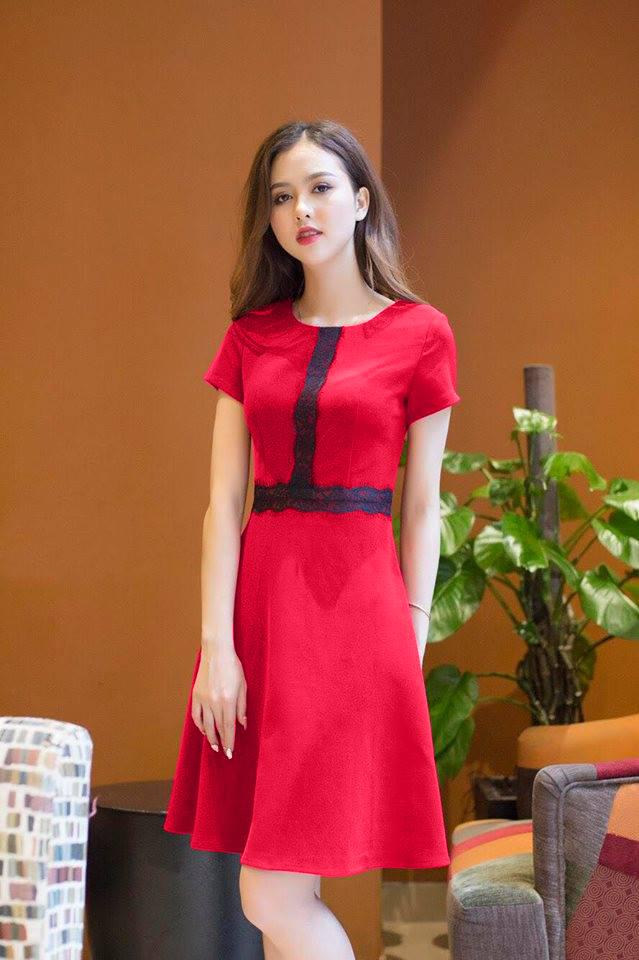 Đầm Xòe Viền Ren Có Túi Dễ Thương - Đỏ