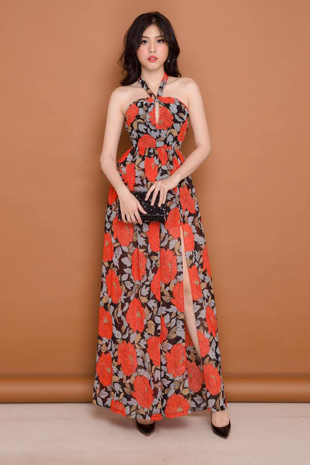 Đầm Maxi Cổ Yếm Cột Nơ Xẻ Tà