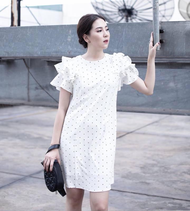 Đầm Suông Chấm Bi Tay Bèo