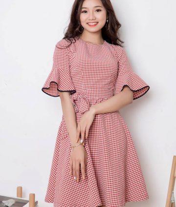 Đầm Xòe Caro Tay Lỡ Kèm Dây – Đỏ