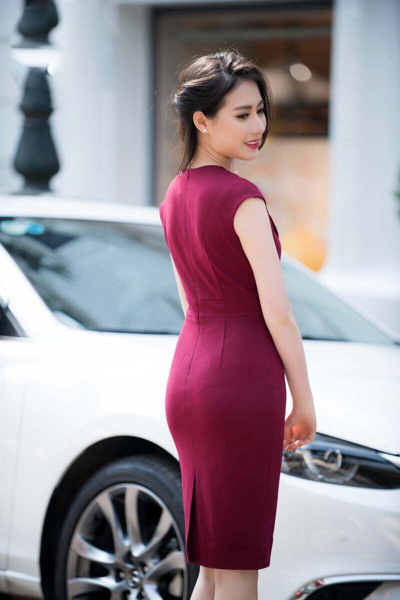 Đầm Body Cổ Giả Vest Kèm Belt Đỏ