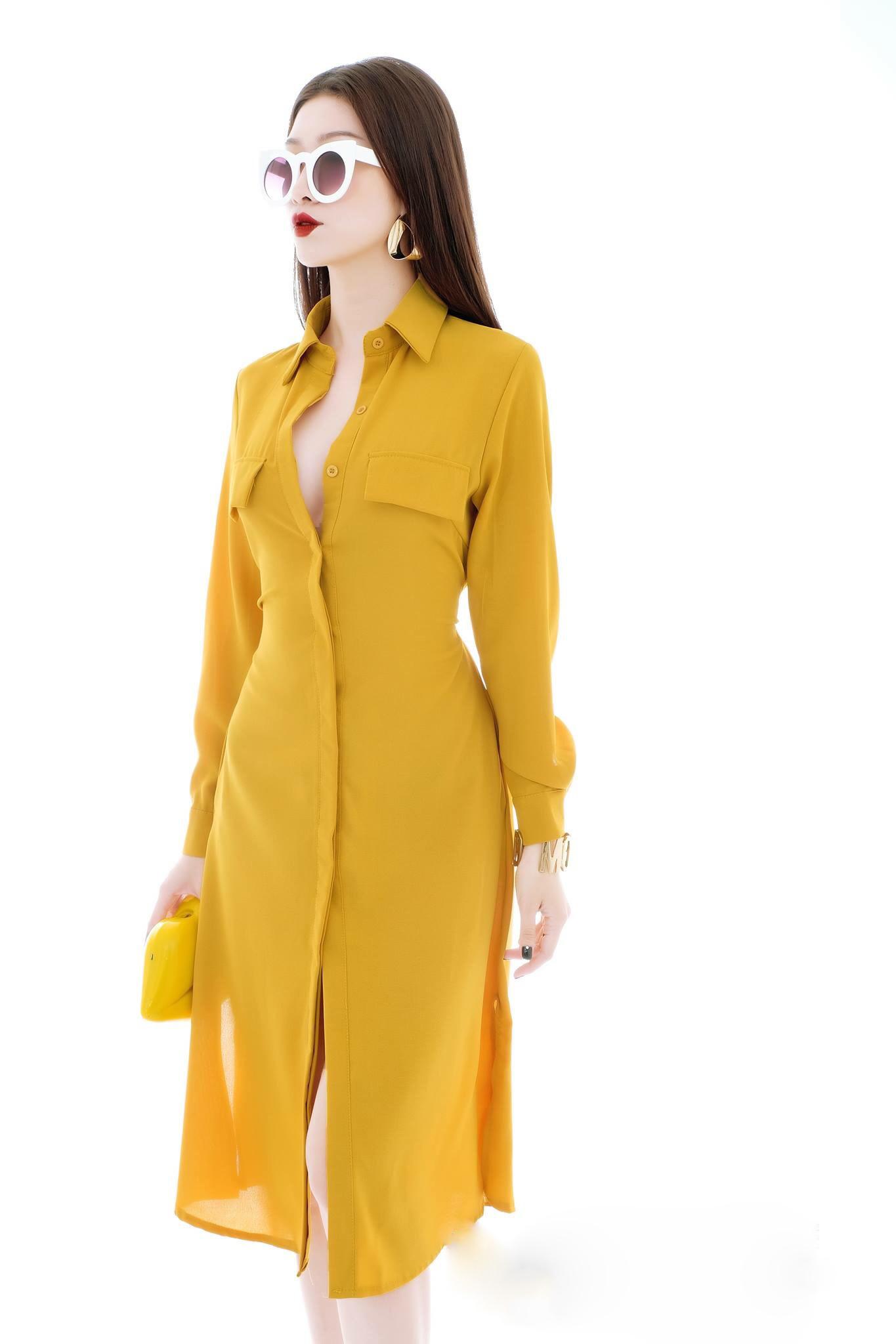 Đầm Suông Sơ Mi Tay Dài Kèm Dây Vàng