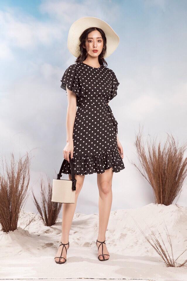 Đầm Xòe Chấm Bi Đuôi Cá Đen