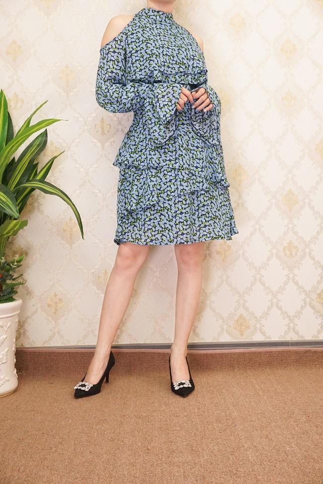 Đầm Hoa Cổ Trụ Tay Dài Thư Ký Kim Xanh