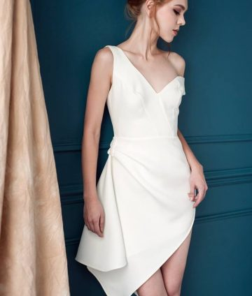 Đầm Dự Tiệc Thiết Kế Xẻ Tà Đính Ngọc – Trắng