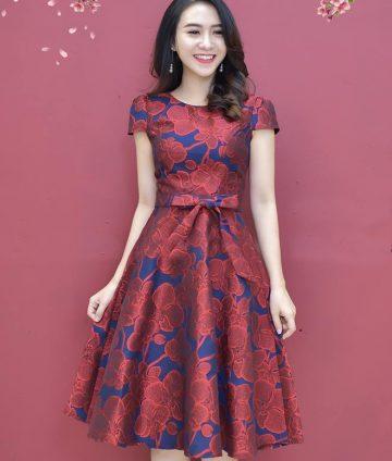 Đầm Xòe Gấm Tay Con Có Túi Kèm Dây – Đỏ