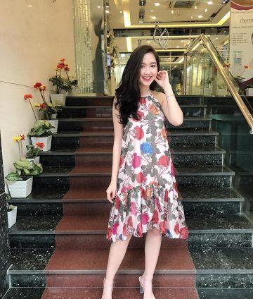 Đầm Suông Cổ Yếm Đuôi Cá